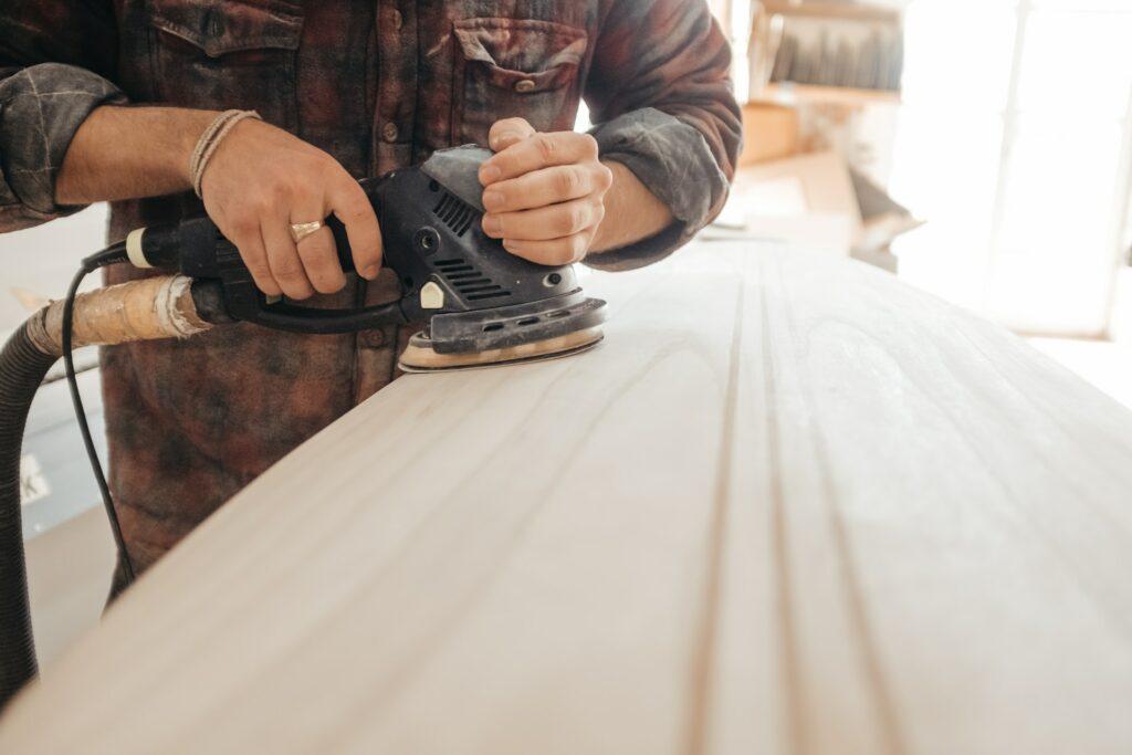 jaunu mīksto mēbeļu izgatavošana ražošana